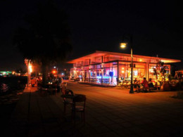Matisse Cafe & Restaurant