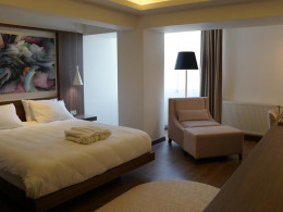 TN & CO Exclusive CIP Suites And Prime Class Rooms