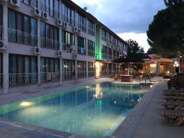 Oskar Thermal Hotel