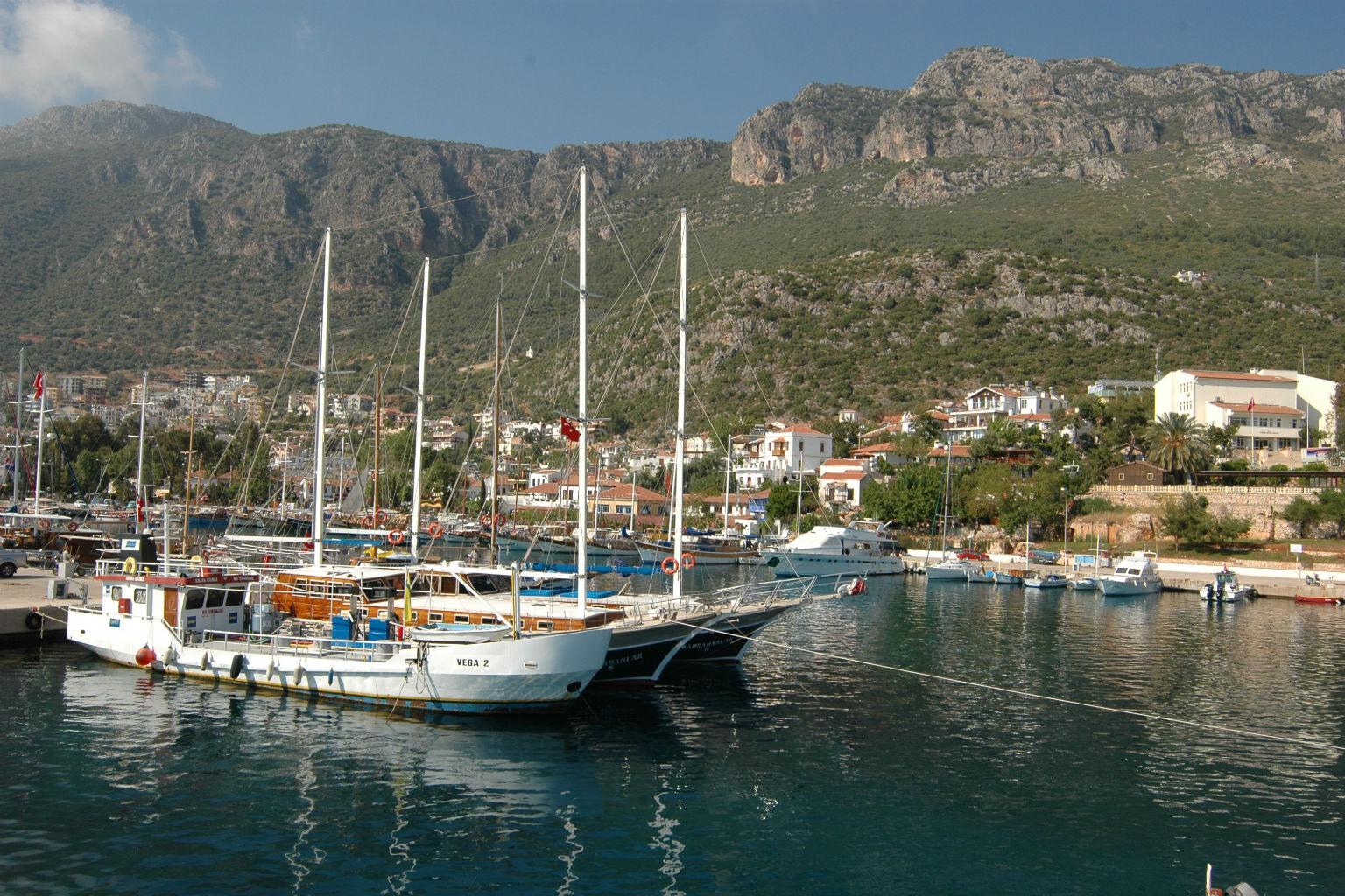 Ka� Otelleri