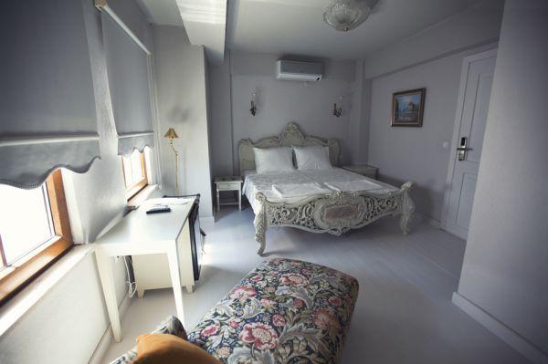 �ola Otel