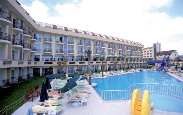 �amyuva Beach Hotel