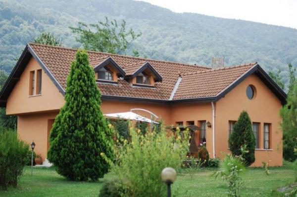 Villa K�rkp�nar