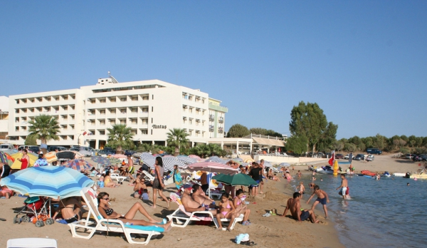 Tunnta� Beach Hotel