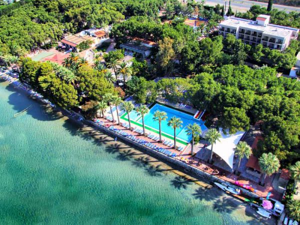 Shark Hotels �mer Holiday Resort