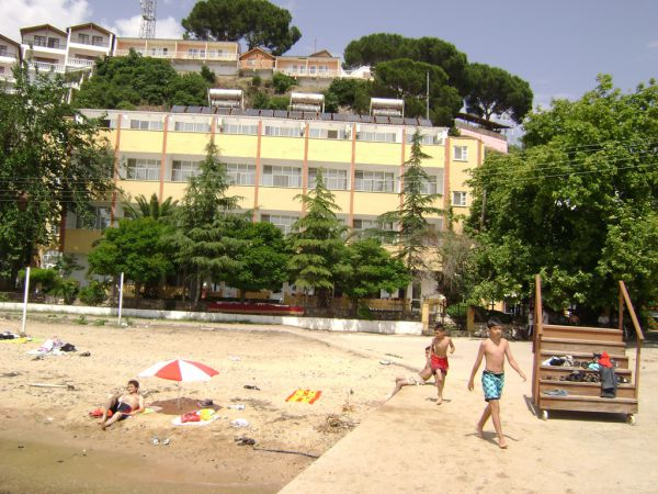Yal�m Hotel