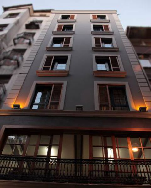 Eva Residence