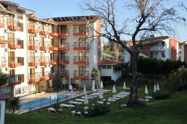 Kasr-� Side Hotel
