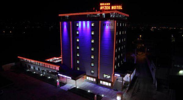 Grand Ayzek Hotel