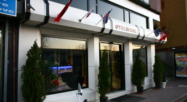 Bade Hotel Kad�k�y