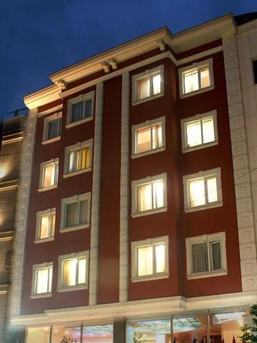 Bilin� Hotel