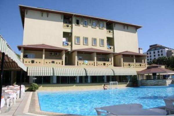 K��dere Club Hotel