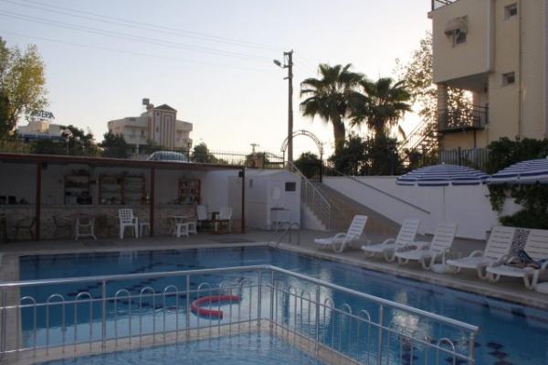 �n-Side Hotel