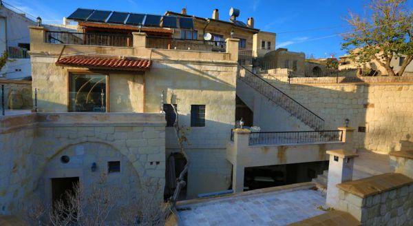 �ris Cave Hotel