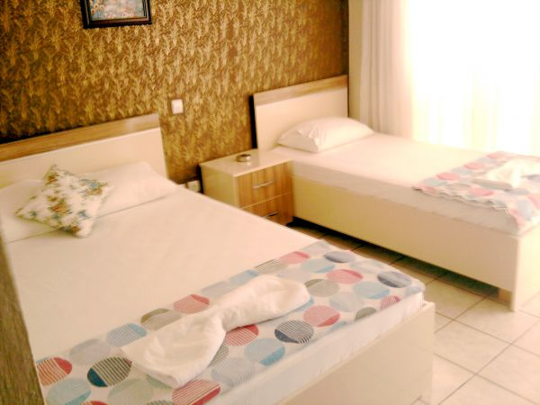 Holmi Hotel