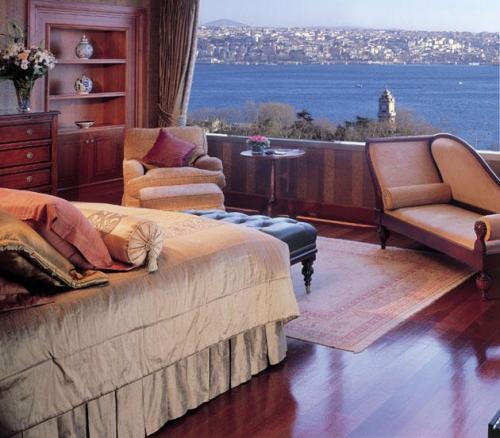 The Ritz Carlton �stanbul