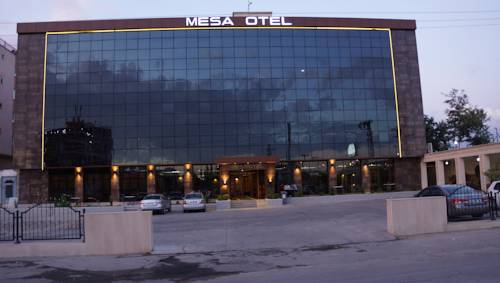 Mesa Hotel Batman