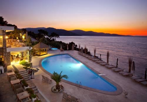 Sarpedor Hotel