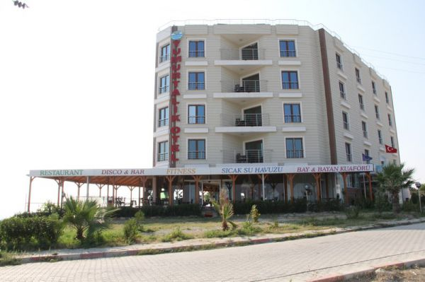 Yumurtal�k Otel