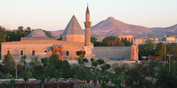 Alaaddin Camii - Konya  Neredekal.com