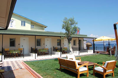 Livadi Beach Motel