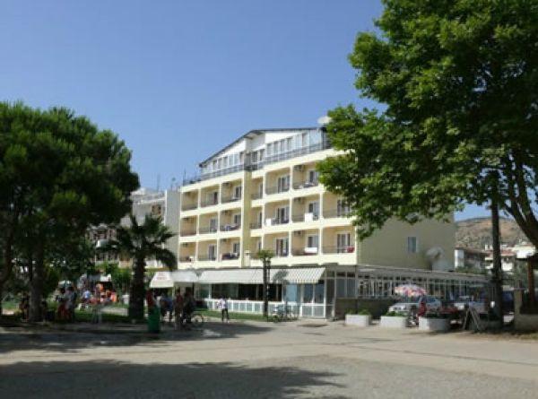 Ya�c� Otel