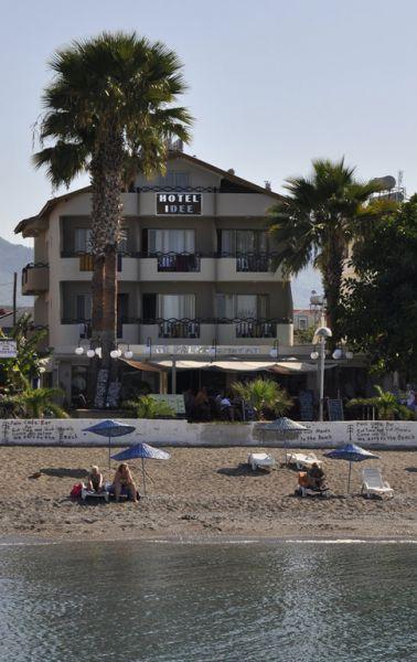 �dee Hotel