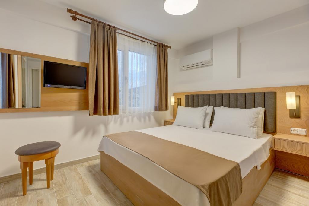 Ildırı Otel Fiyatları