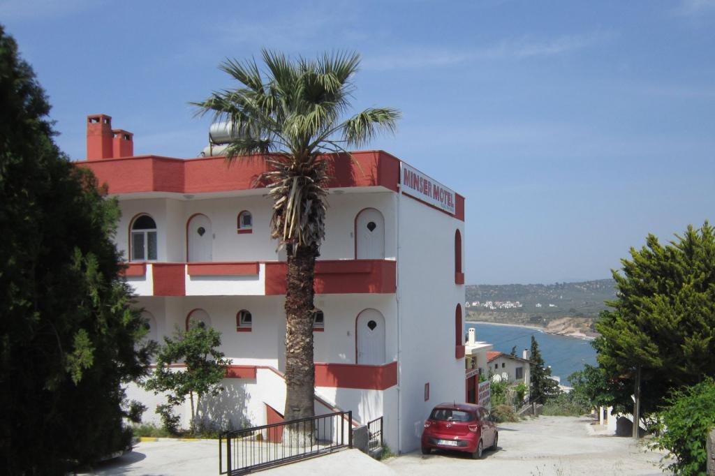 Babakale Ucuz Otel
