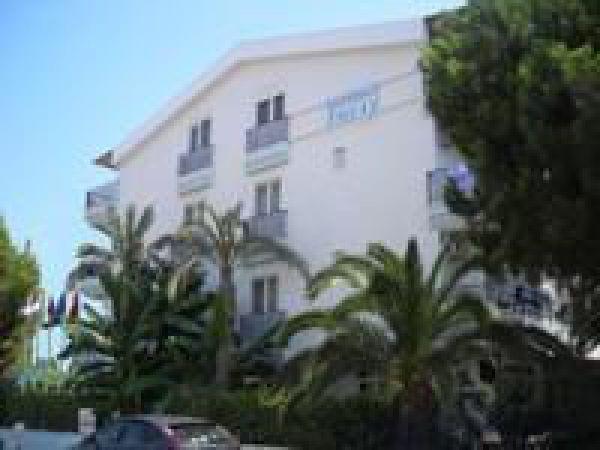 Otel Lunay