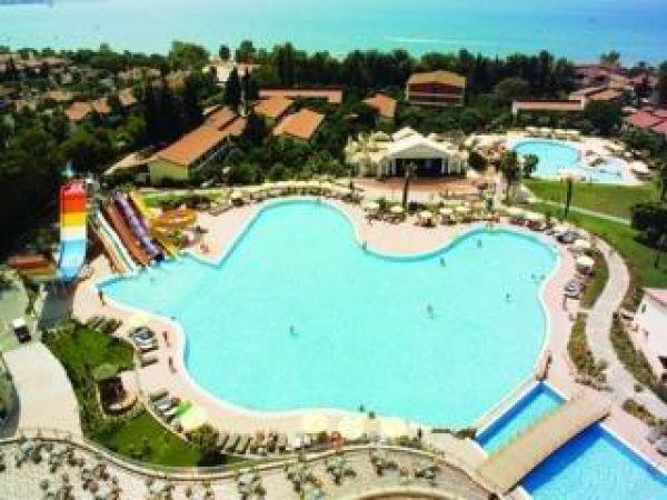 Horus Paradise Luxury Resort Side