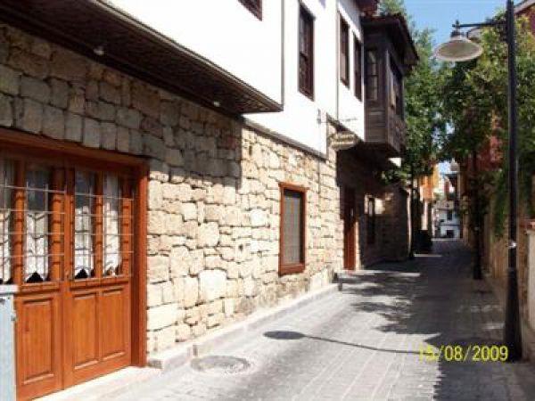 Ninova Pansiyon Otel Antalya