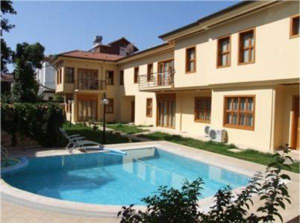 Sabah G�rses Villas
