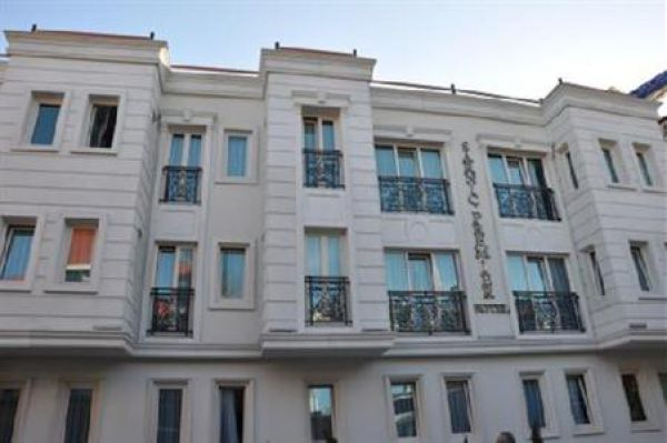 Sarn�� Premier Hotel �stanbul
