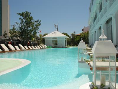 The White Dahlia Hotel